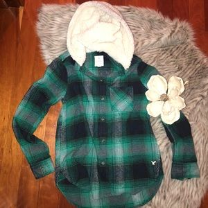 Fuzzy hood AE flannel